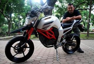 Mau Yamaha Byson Anda Di Modifikasi Menjadi Supermoto!! Lihat Disini!!!