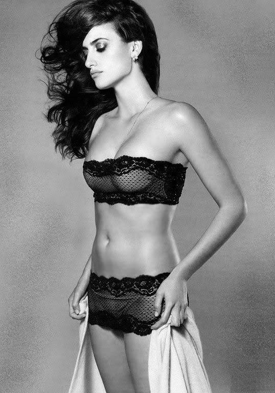 Bikini Kristin Gustafson Nude Pic