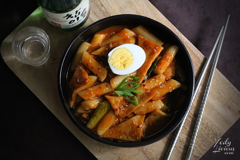 Yedy Calaguas Food Stylist Manila, How To Make Tteokbokki Dukbokki Toppoki Korean Spicy Rice Cake Recipe, Popular Korean Street Food Snack Recipe, 떡볶이, Best Easy Tteokbokki Recipe, Tteokbokki Manila, Korean Food Recipe, Where To Buy Tteokbokki Korean Spicy Rice Cake in Manila, Top Best YedyLicious Manila Food Blog, Yedy Calaguas