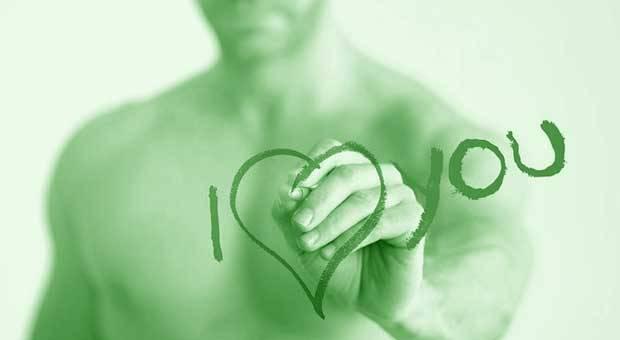7 Hal yang Membuat Pria Jatuh Cinta pada Wanita