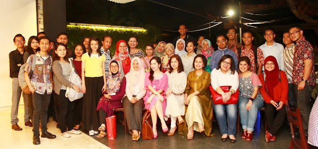 alumni sampoerna academy foto bersama