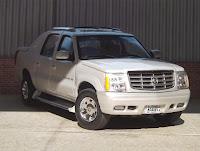 Cadillac Escalade EXT 2005 - AMT 1/25