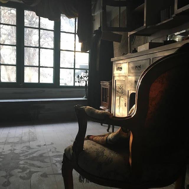 The Craft Of Raven: Ζωή Louper Ευσταθίου 3 Annie Sloan Greece