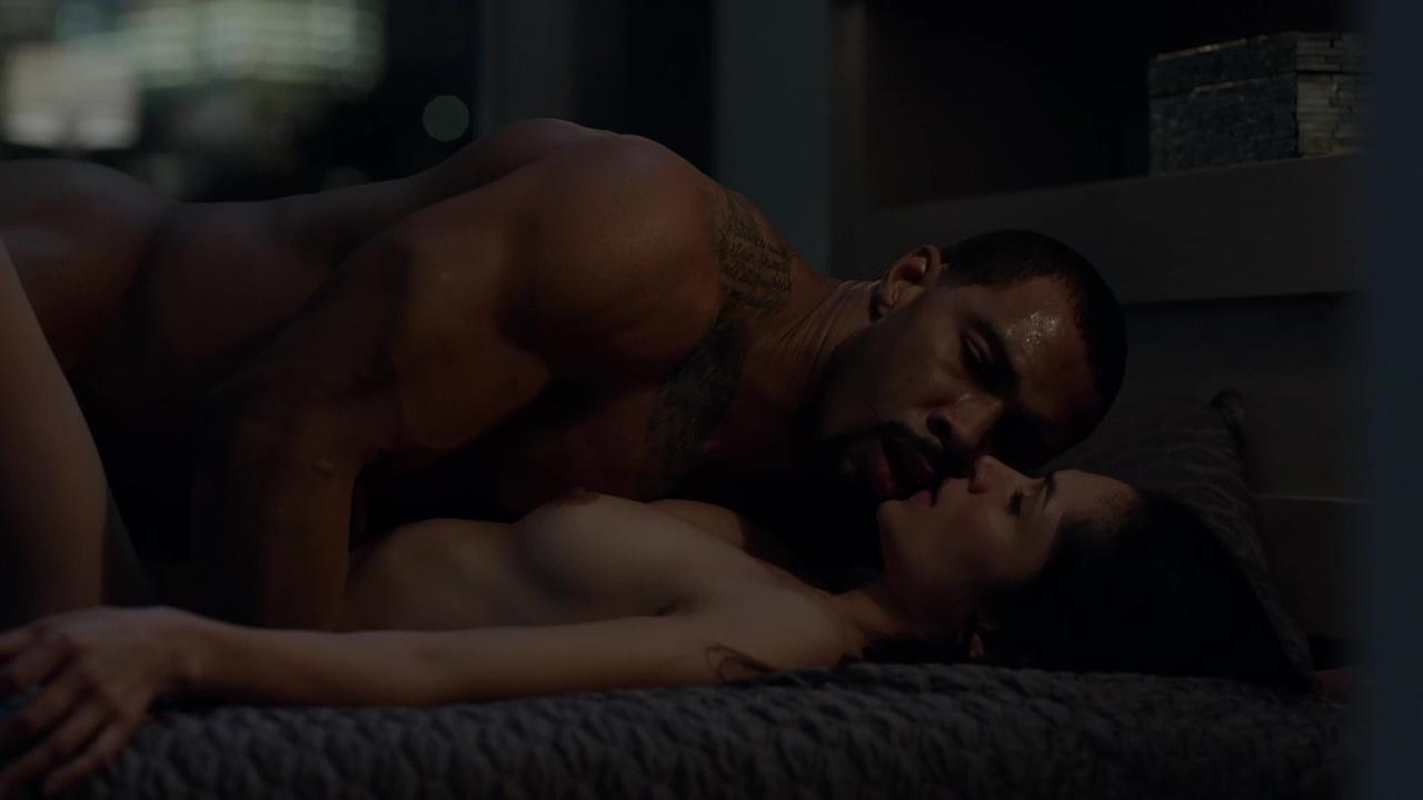 La la on power sex scenes
