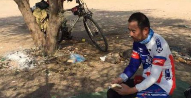 Masya Allah!!! Demi Berhaji, Muslim Tiongkok Bersepeda 8.150 Km ke Mekah