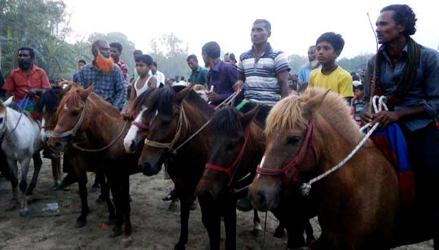 Dr. Jabberganj Md. Russell Horse Racing Contest held