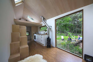 Tiny Mobile House in the Netherlands Featuring Minimalist Interior