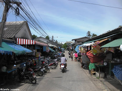 Hua Thanon market area
