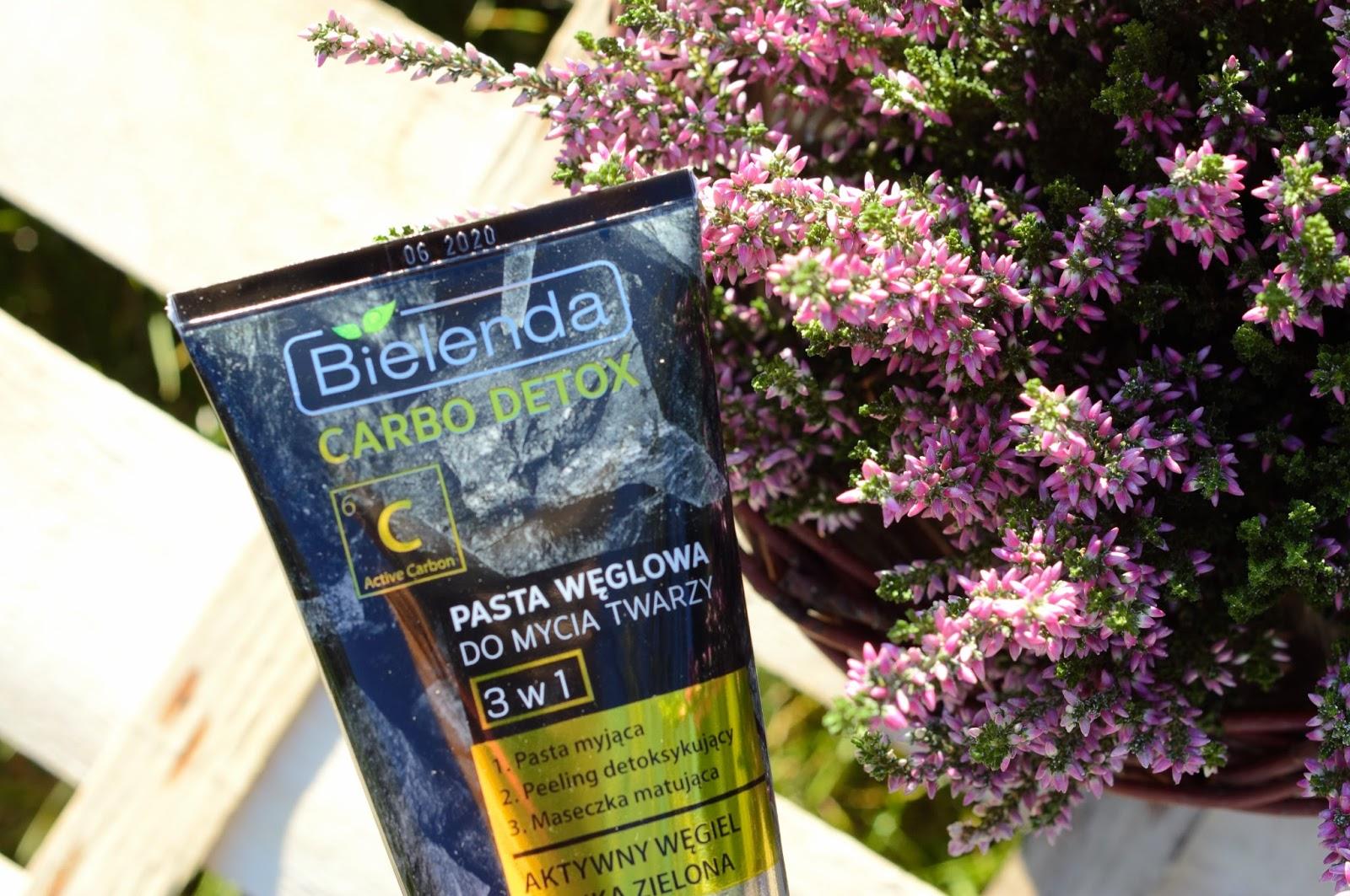 Pasta węglowa do mycia twarzy 3 w 1 | Bielenda | Iperfumy.pl