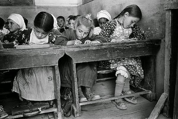 Φωτογραφικό ταξίδι στο παρελθόν: Πώς ήταν η Ελλάδα το 1960; [photos]