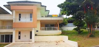 Rp.75.000.000 1/Thn Disewakan Rumah Posisi Hook Di Bukit Golf Hijau Sentul City  (Code:179)