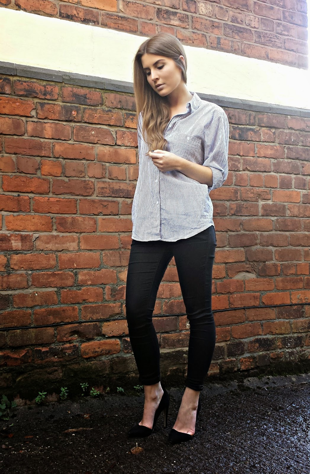 outfit oversized shirt with skinny jeans  style trunk
