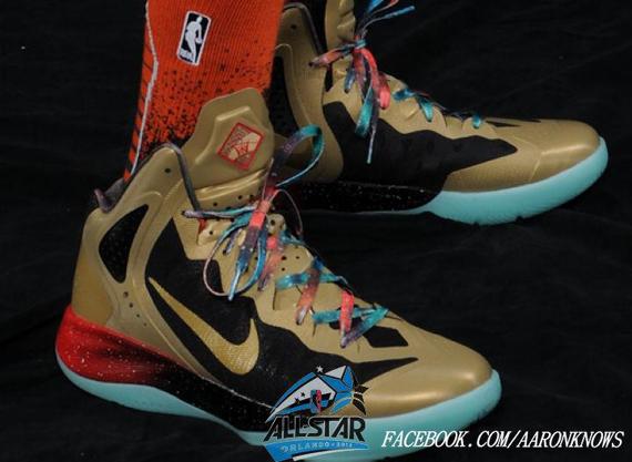 1ccf6306547 Nike Zoom Hyperenforcer  Galaxy  West for Russell Westbrook. Nike Zoom Hyperdunk  2011   ...