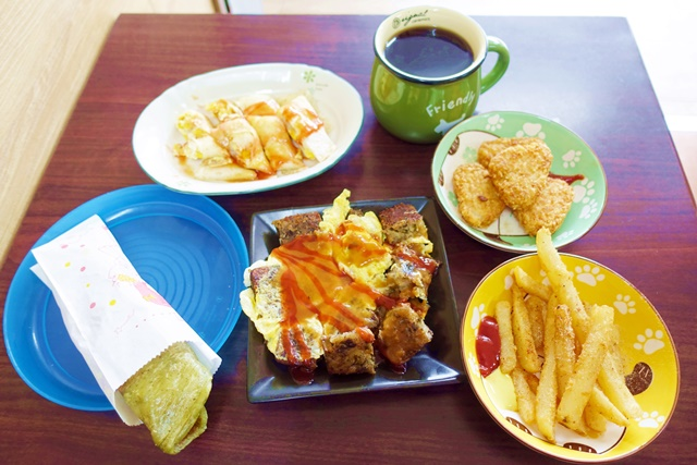 萬蓮卐蔬食早餐~宜蘭素食早午餐