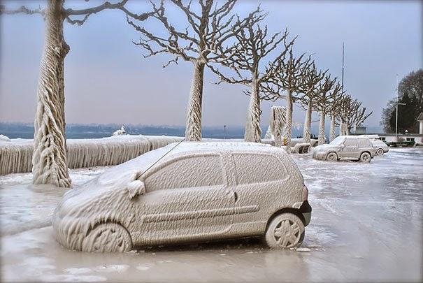kako ocistiti led sa auta?