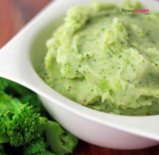 MPASI 6 Bulan : Resep Bubur Susu Sayur Brokoli, bubur susu sayur brokoli untuk bayi