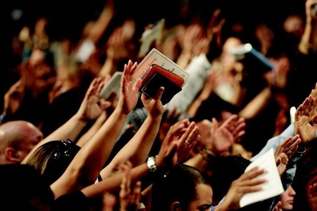 gustave le bon religiozitatea multimilor