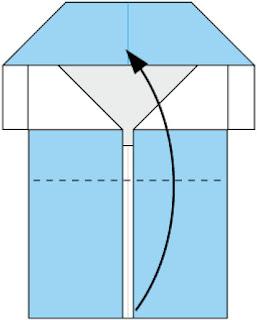 Bước 5: gấp cạnh giấy lên trên