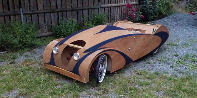 Wood Pedal Car : Wooden pedalcar