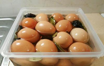 Trứng muối , món ăn có giá trị dinh dưỡng cao .