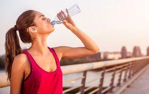 Seberapa Banyak Air Yang Harus di Minum Setiap Hari
