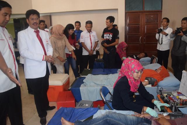 Lomba Blog PMI (Hari Palang Merah Internasional 2016)