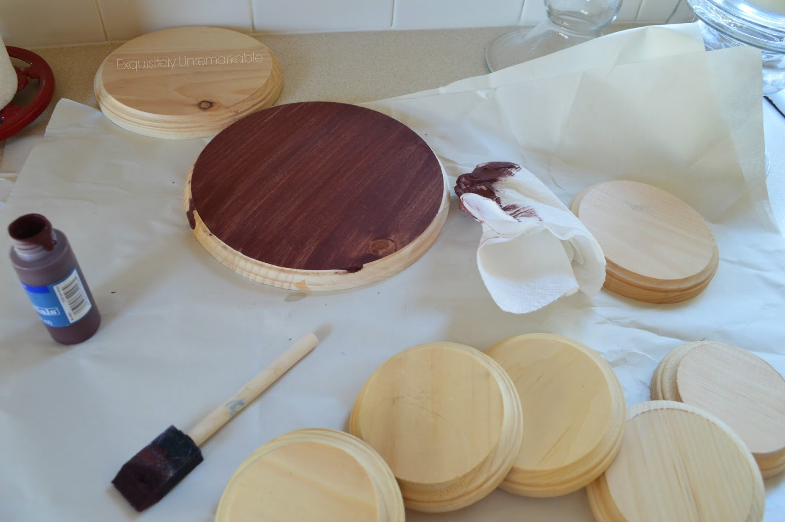 Painting Wooden Craft Rounds
