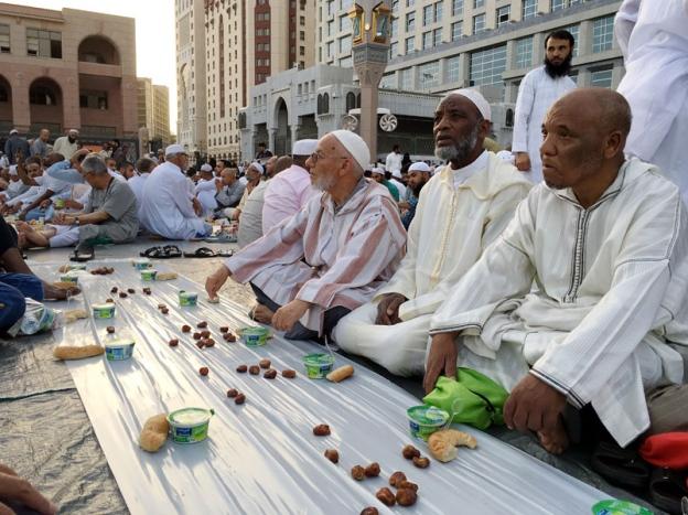 Ribuan umat Islam banjiri Arab Saudi bulan Ramadan