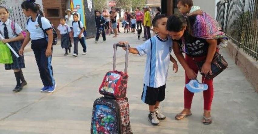 Escolares de colegio en Campoy reinician clases en medio de entusiasmo - UGEL 05