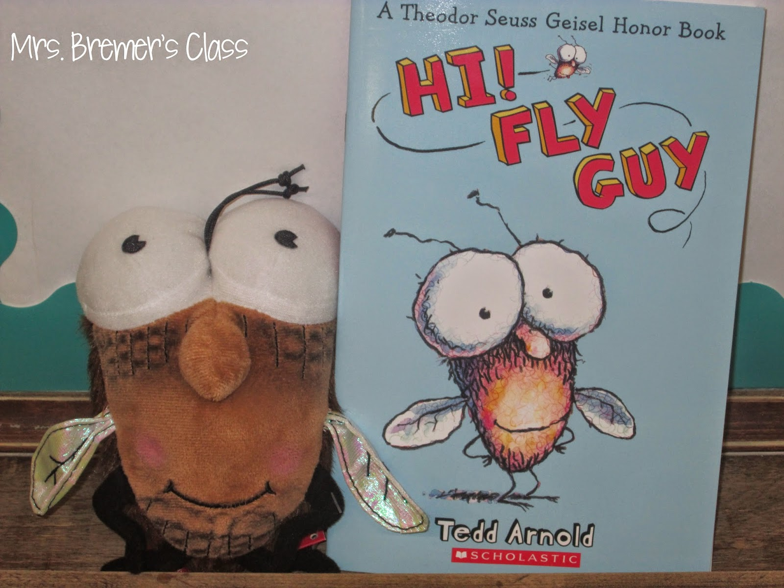 Mrs Bremer S Class Book Study Hi Fly Guy And Paper Bag