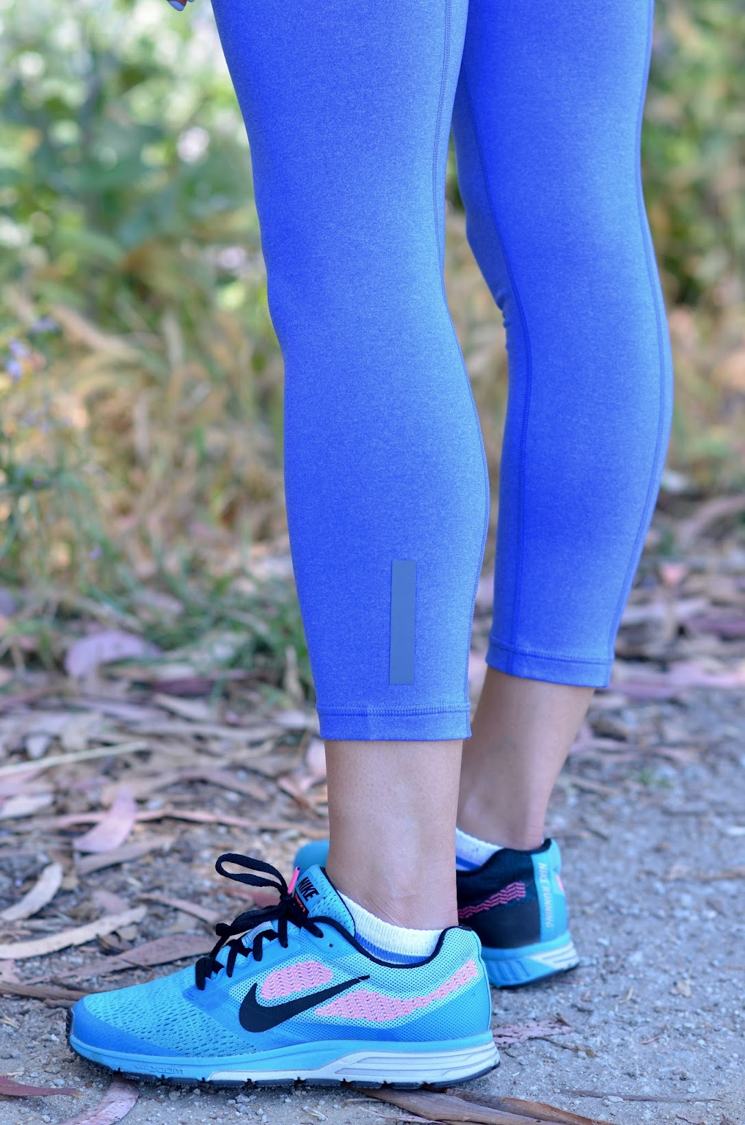 Lucy activewear, Lucy workout clothes, workout style, chic workout wear, cobalt workout leggings, Nike free