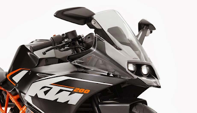 KTM RC 200 close up shot image