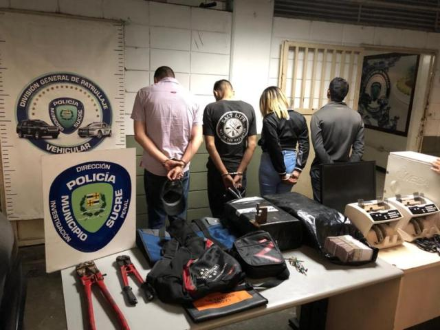 Capturados cuatro ladrones de banco de La Urbina