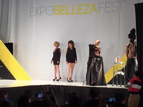 Plataforma Principal de Tahe en Expo Belleza Fest