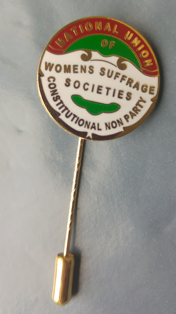 Suffragettes, suffrage, brooch, jewellery, brooches, pins, replica