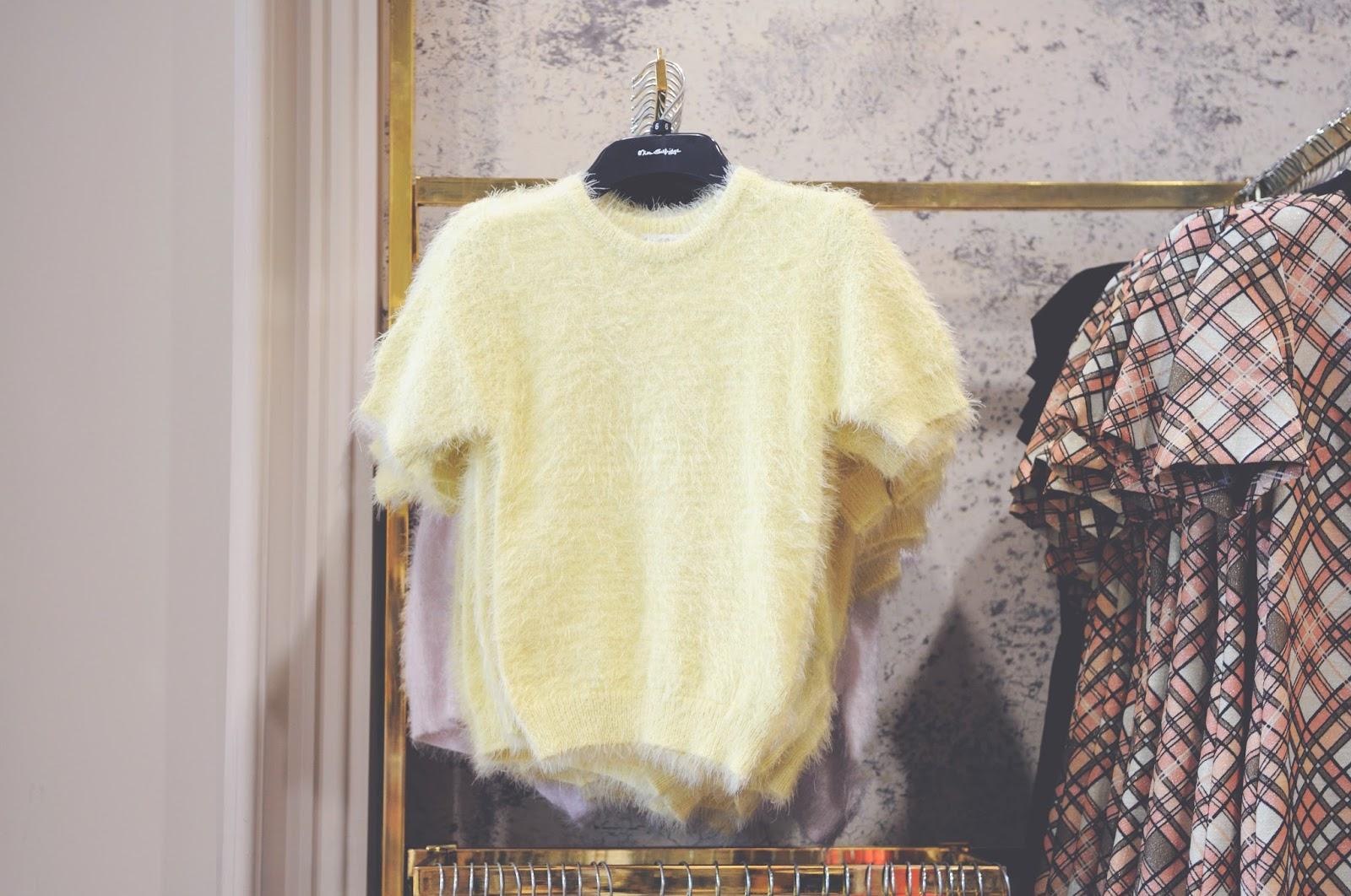 clueless fluffy jumper, yellow jumper, yellow jumper from miss selfridge