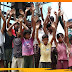 ट्रांसफार्मर जलने से भीषण गर्मीं में लोग बेहाल, सड़क पर उतर कर आक्रोश प्रदर्शन