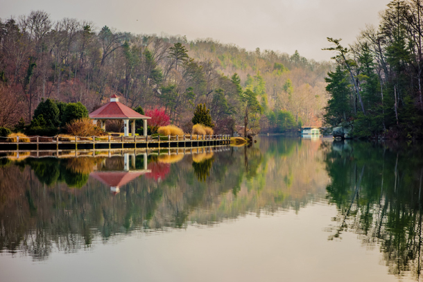 Firefly Cove, Lake Lure, North Carolina, USA