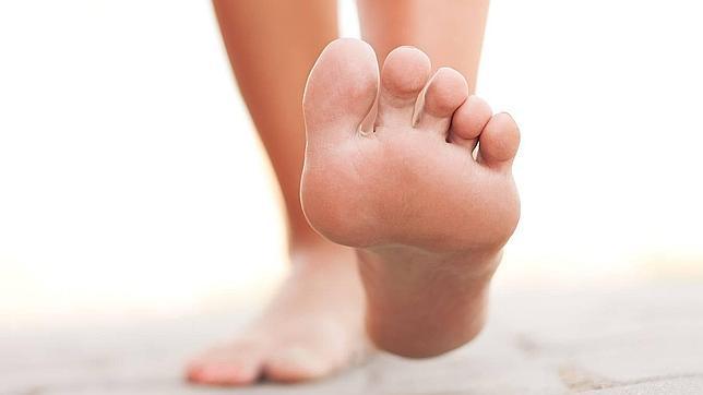 remedios para que no huelan los pies