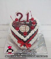 Blackforest Birthday Cake Love Heart Shape