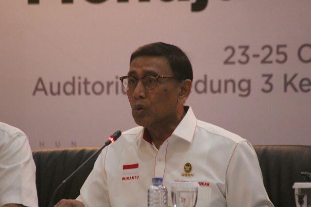 Wiranto Minta Kasus Pembakaran Bendera Tauhid Tidak Terus Diributkan