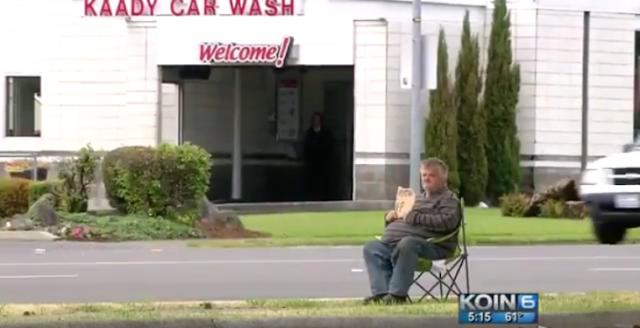 Limosnero viaja en camioneta lujosa y es exhibido en video