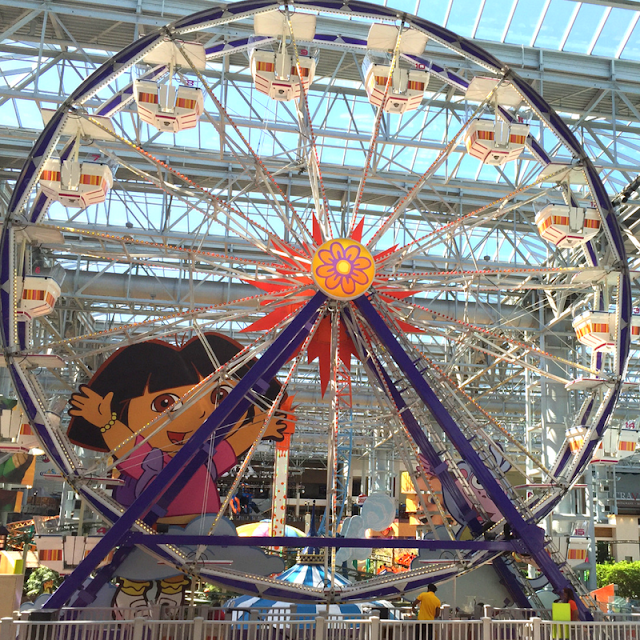 Dora the Explorer Ferris Wheel at the Mall of America
