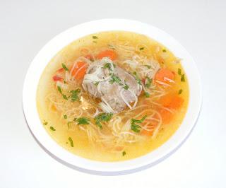 retete mancare reteta supa de curcan cu legume si taitei,