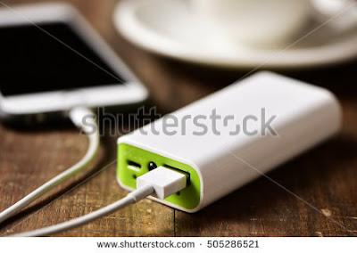 mengisi baterai dengan powerbank