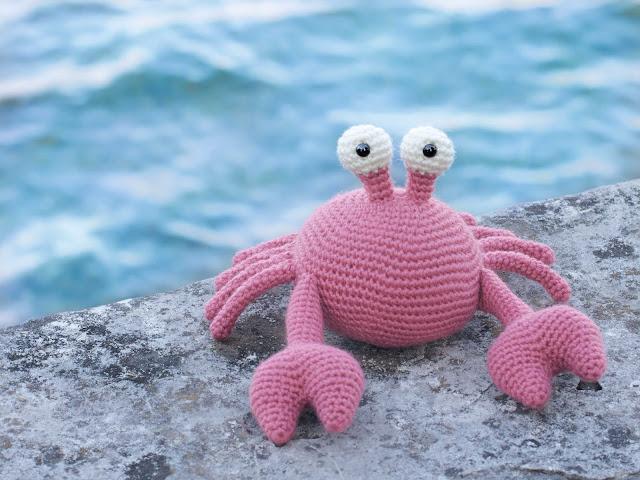 amigurumi-necora-crab