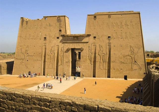 رسم معبد الكرنك في الاقصر Karnak Temple In Luxor Egypt