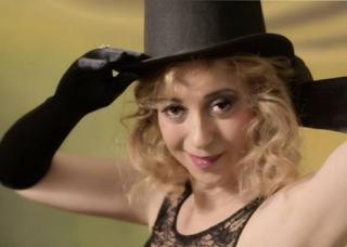 Paula Cobos mas sensual que nunca