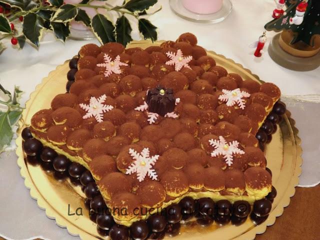 Torta Stella Di Natale.La Buona Cucina Di Katty Torta Tiramisu A Forma Di Stella Natalizia