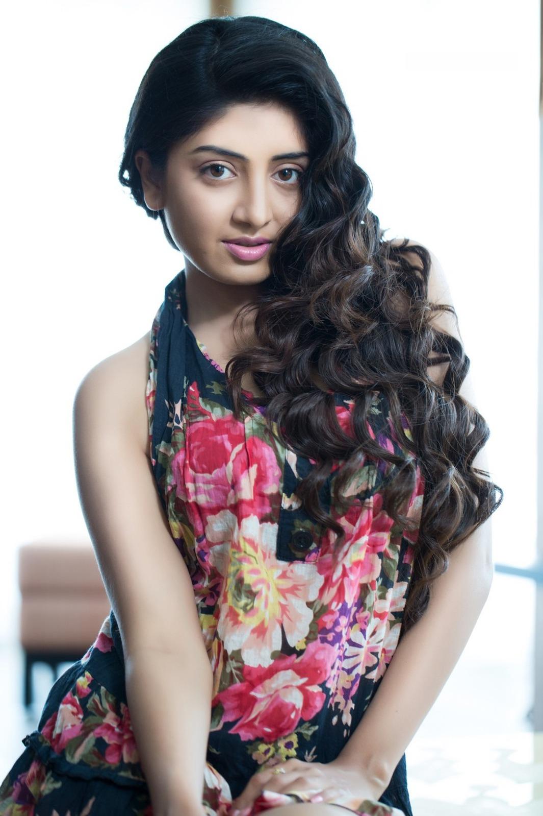 Poonam Kaur nudes (81 fotos) Erotica, Facebook, butt